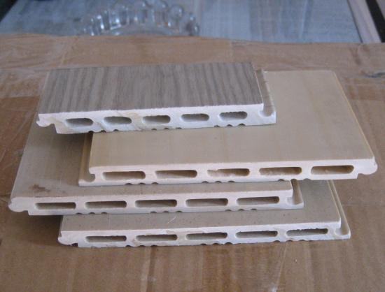 PVC高钙石塑地板.jpg